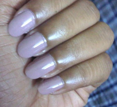 Maybelline Colorama Cafe Latte Nail Enamel Swatches