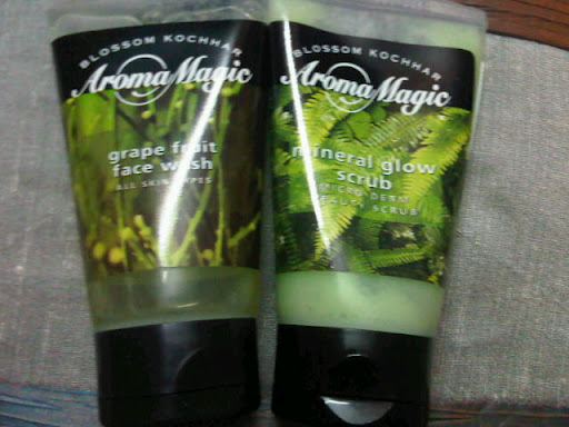 Aroma Magic Grapefruit Face Wash, Mineral Glow Scrub