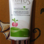 Lotus Herbals White Glow Masque Review Swatches