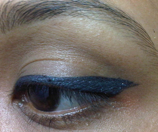 Lakme Fantasy Shimmer Liner Midnight Moon Review