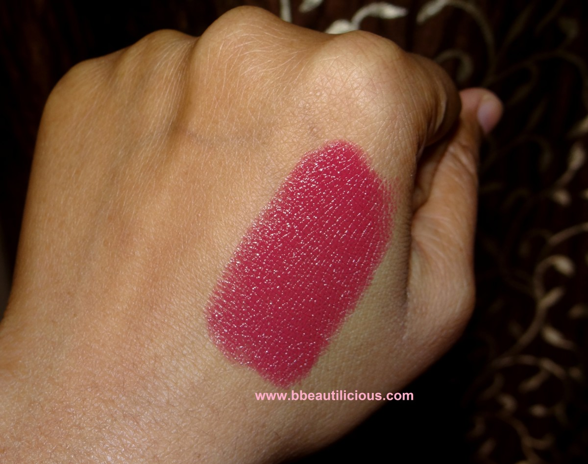 YSL Rouge Pur Coture Rouge Vermillon swatch 1200x947