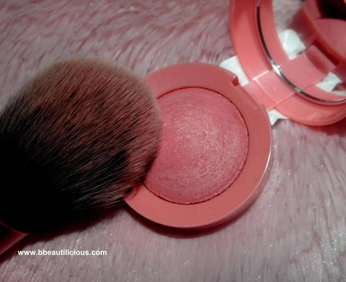 Bourjois Rose Frisson Blush swatches