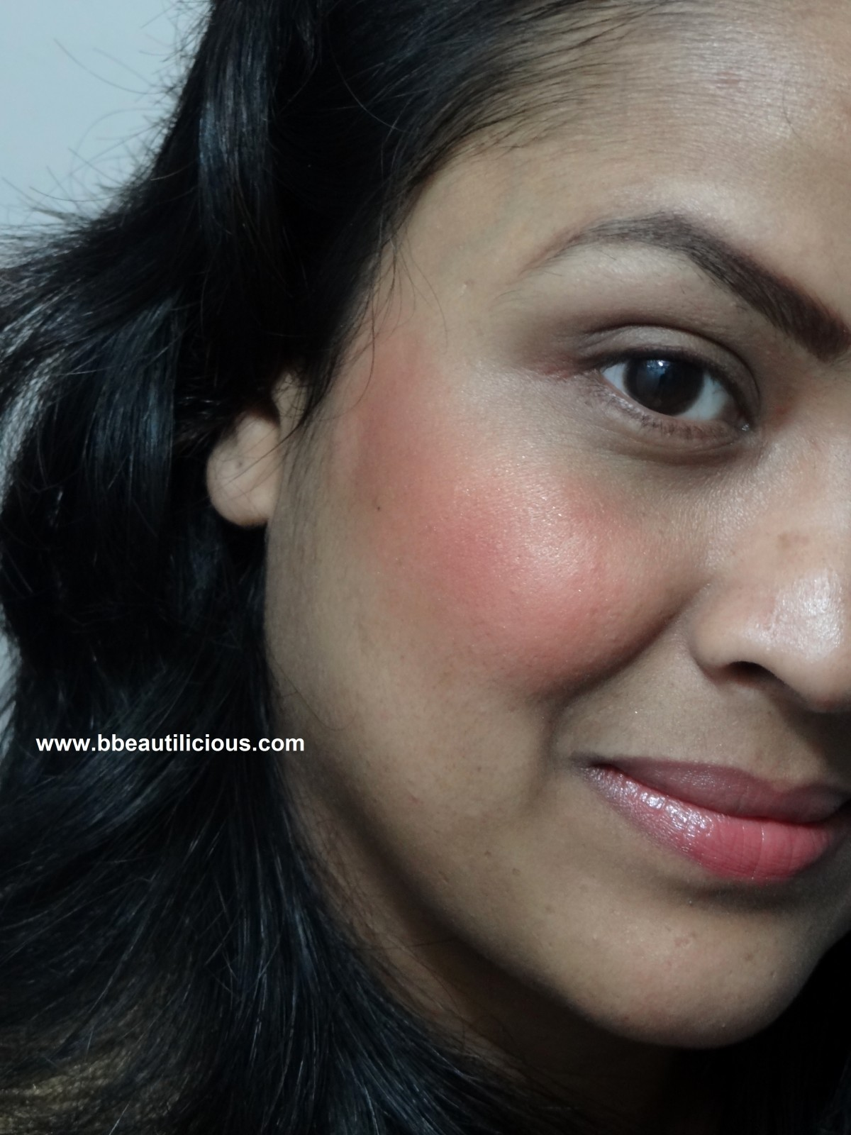 MAC Mineralize Blush Love Joy (2)