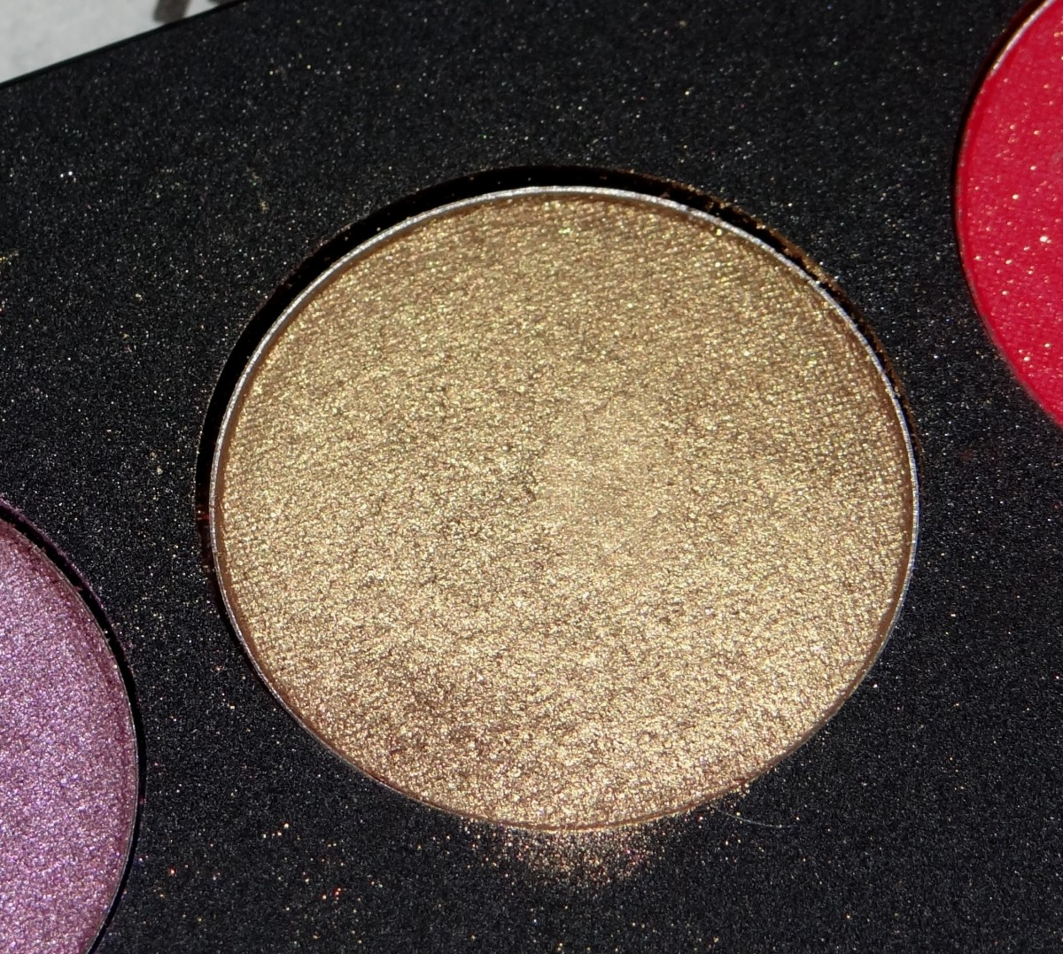 Inglot Eyeshadow AMC shine 49
