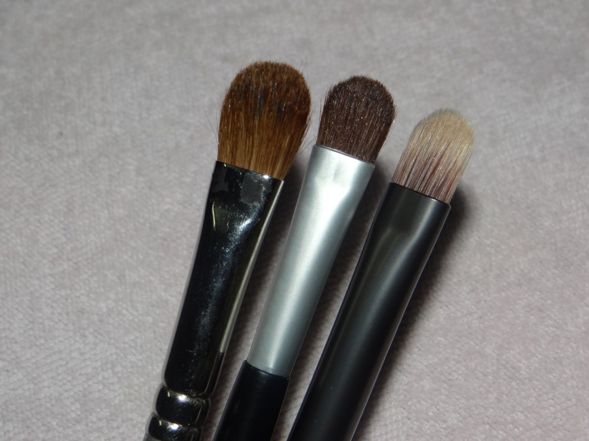 5 must have eye makeup brushes (2)