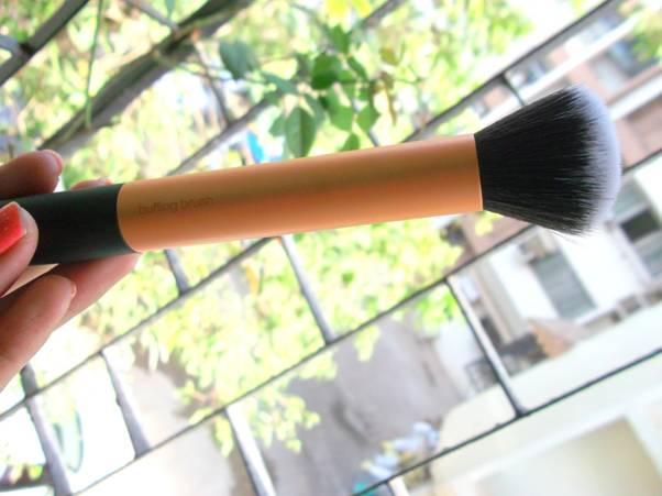 Real Techniques Buffing Brush_4