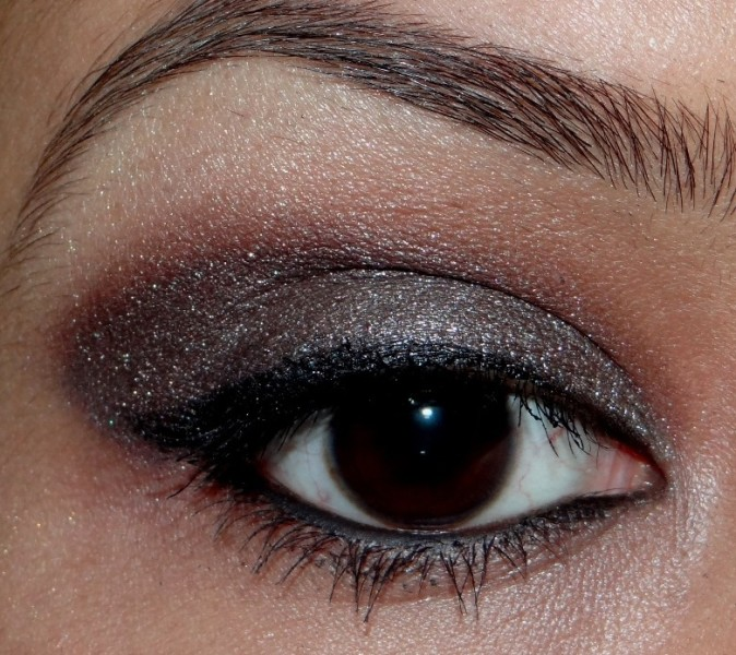 Soft smokey eye makeup tutorial (1)