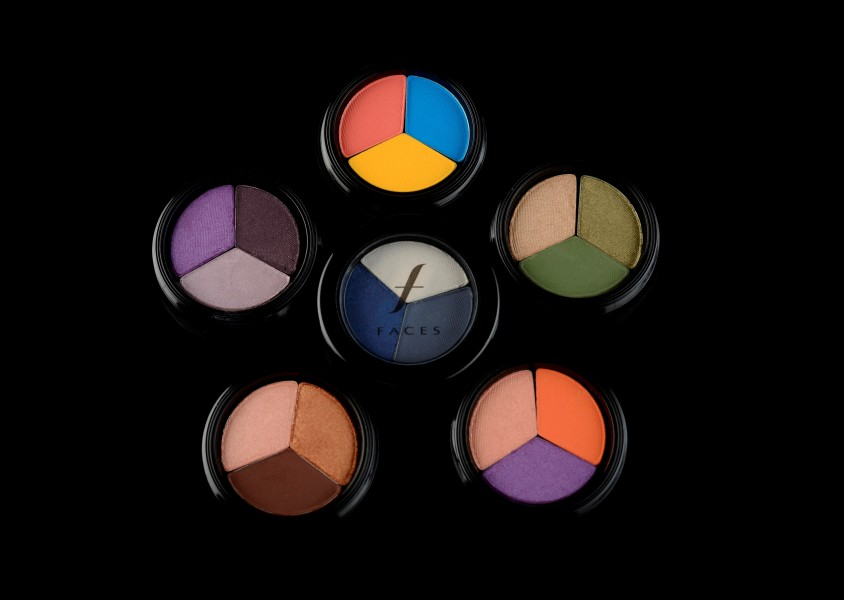 Baked Eye Shadow trio-Rs 949