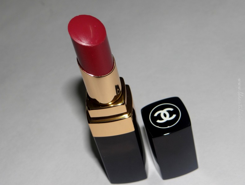 Chanel Rouge Coco Shine Antigone Lipstick review swatches (3)