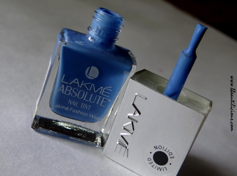 Lakme Absolute Nail Tint Blue Breeze (1)
