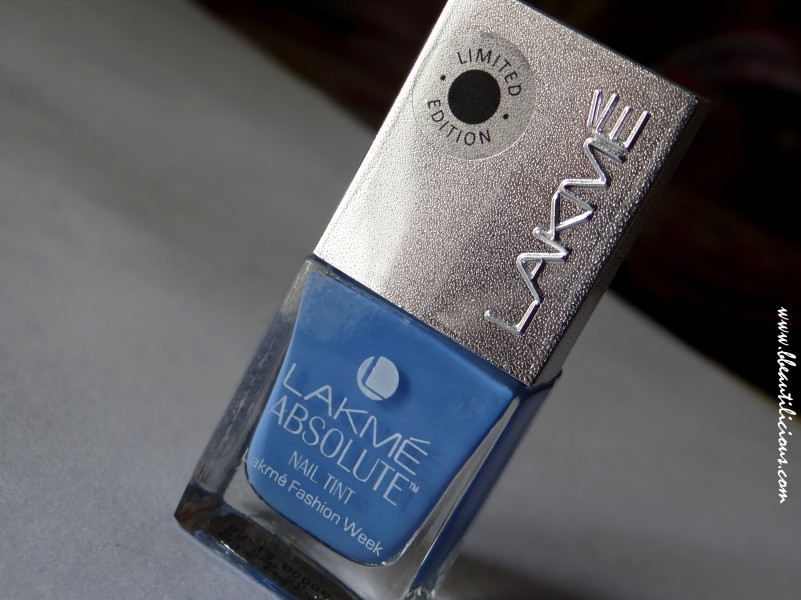 Lakme Absolute Nail Tint Blue Breeze (2)