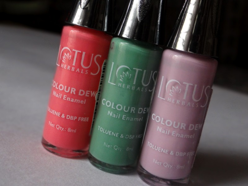 Lotus Color Dew Nail enamel review 2 800x600