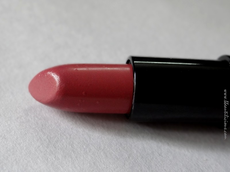 Rimmel Lasting Finish Lipstick by Kate Moss 19 review swatches  (7)