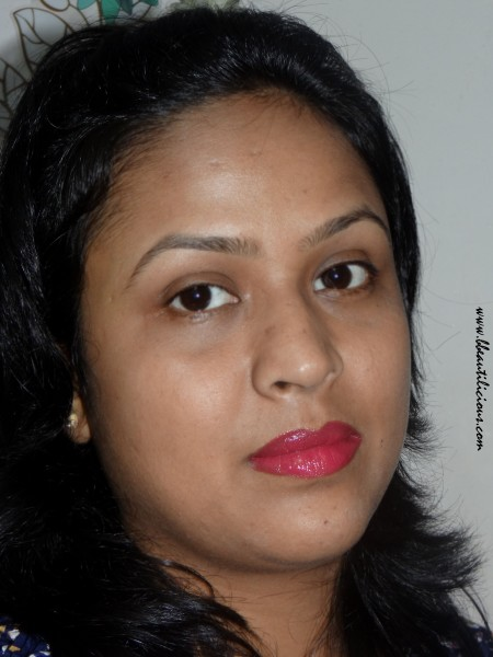 Lakme Absolute Gloss Stylist Burgandy Burn Review Swatches (10)