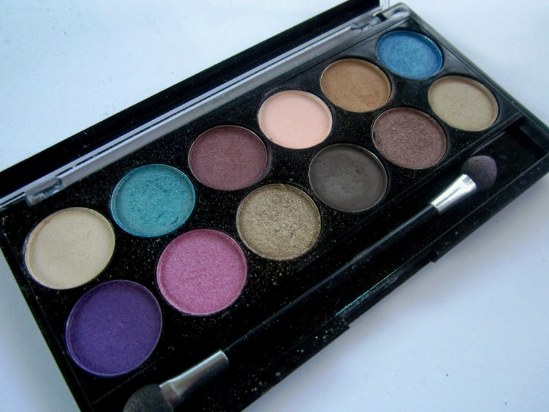 MUA Glamour Days Eyeshadow Palette (3)