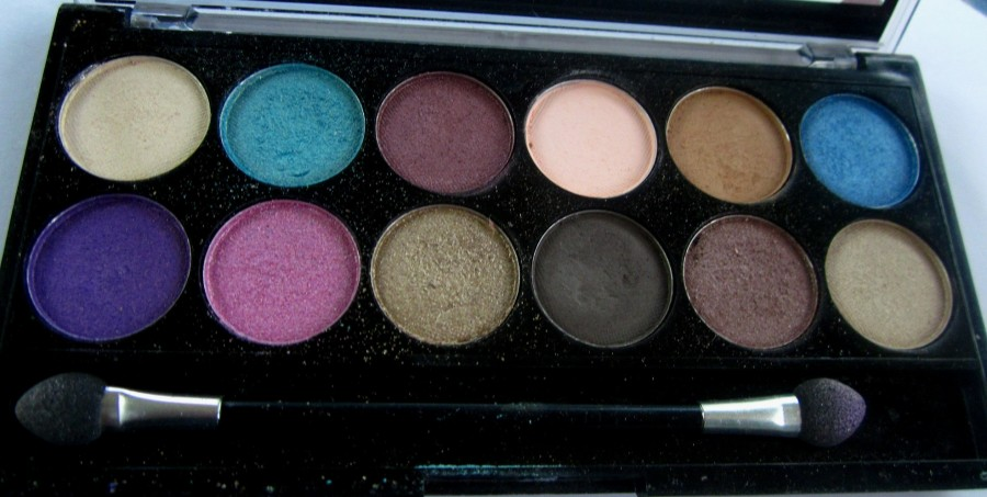 MUA Glamour Days Eyeshadow Palette (4)