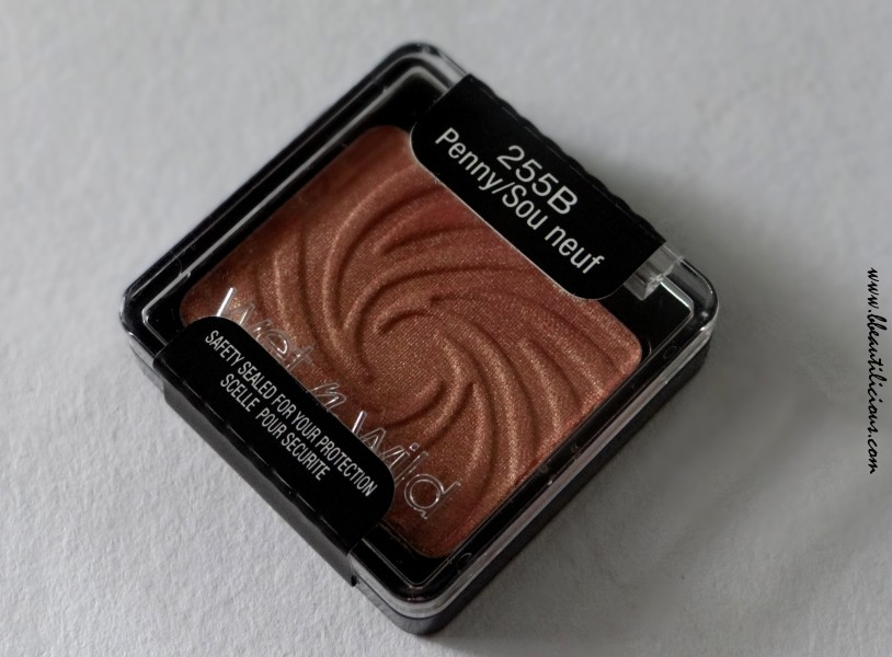Wet n wild coloricon eyeshadow single Penny review swatches (1)
