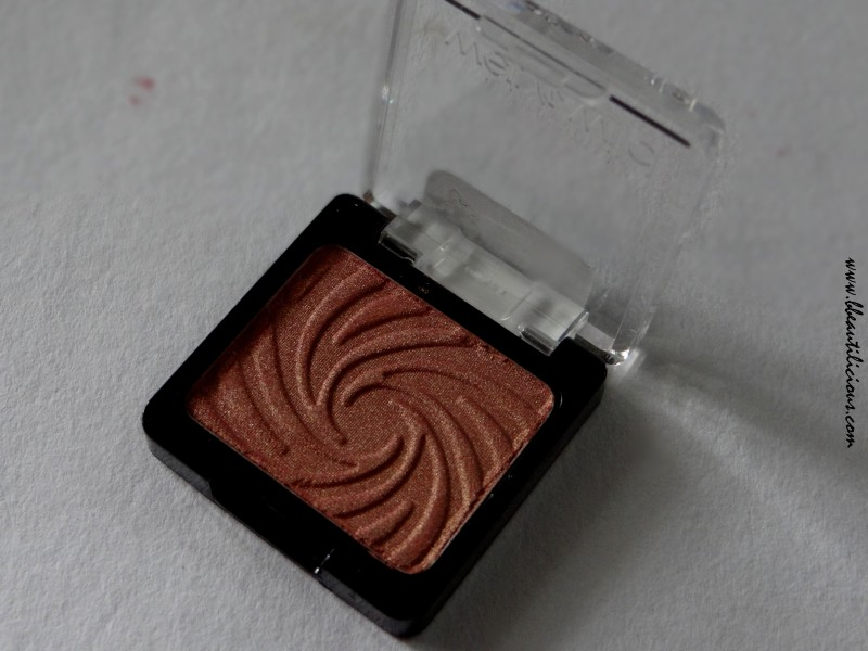 Wet n wild coloricon eyeshadow single Penny review swatches (4)