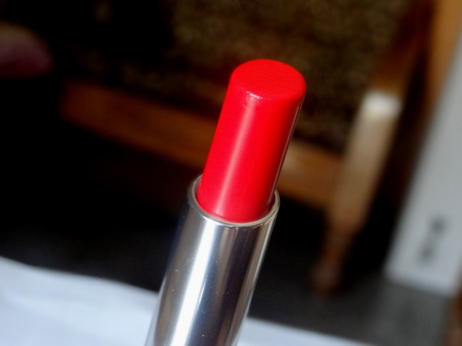 Bourjois Shine Edition Lipstick Rouge Making Of Review Swatches Photos (4)