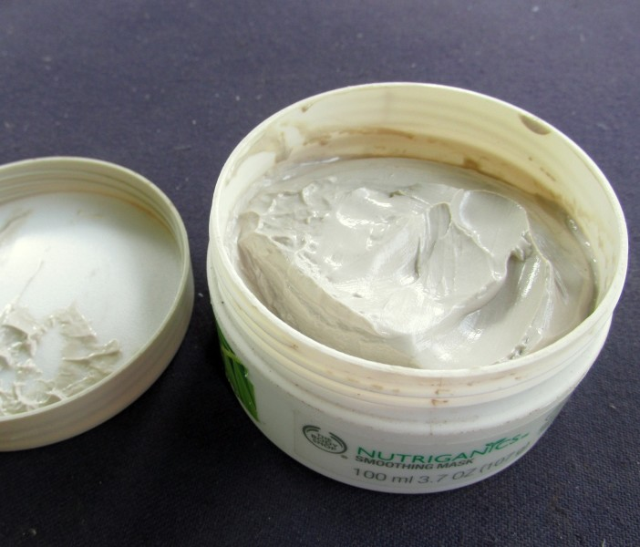 The Body Shop Nutriganics Smoothening Mask Review 2 702x600