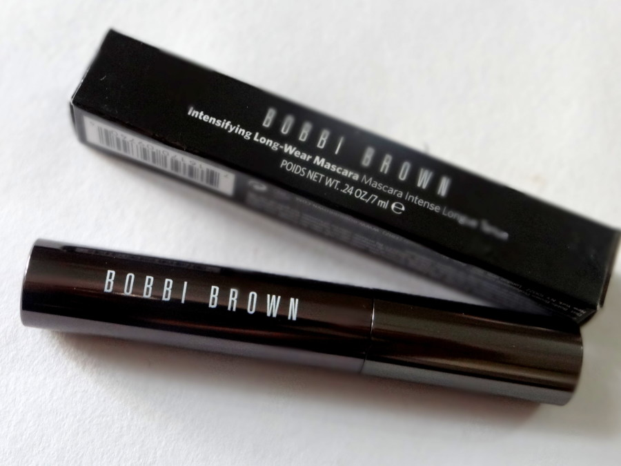 Bobbi Brown Intensifying Long-wear mascara review (6)