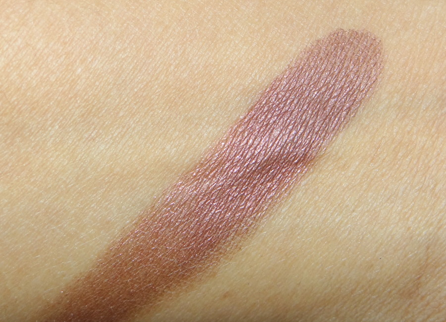 Bobbi Brown Metallic Eyeshadow Cognac Review Swatches Photos (1)