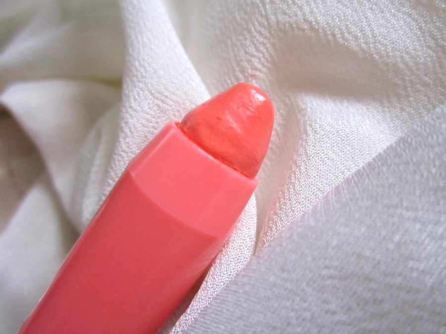 Bourjois Peach On The Beach Colour Boost Lip Crayon Review Swatches Photos (4)