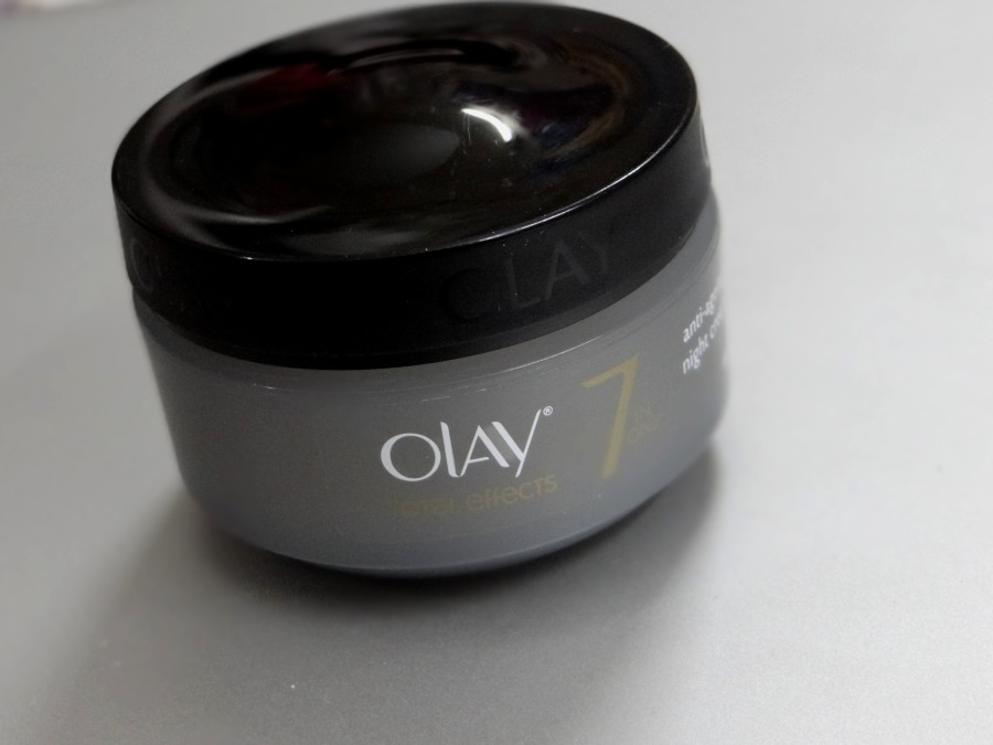 Olay Total Effects anti ageing night cream review (2)
