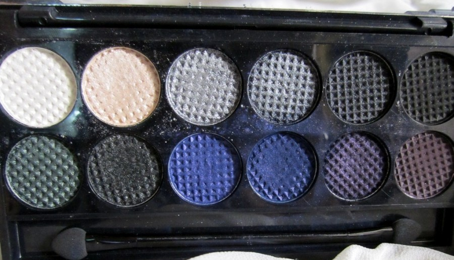 Sleek Bad Girl  palette review swatches photos (5)