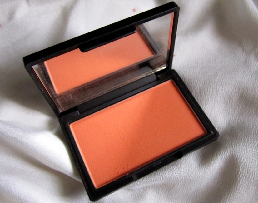 Sleek Makeup Life's a Peach Blush  (2)