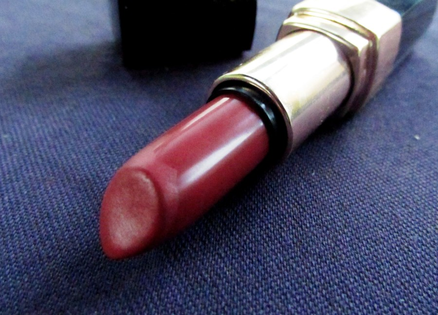 Bobbi Brown Lip Color Nude Review (2)