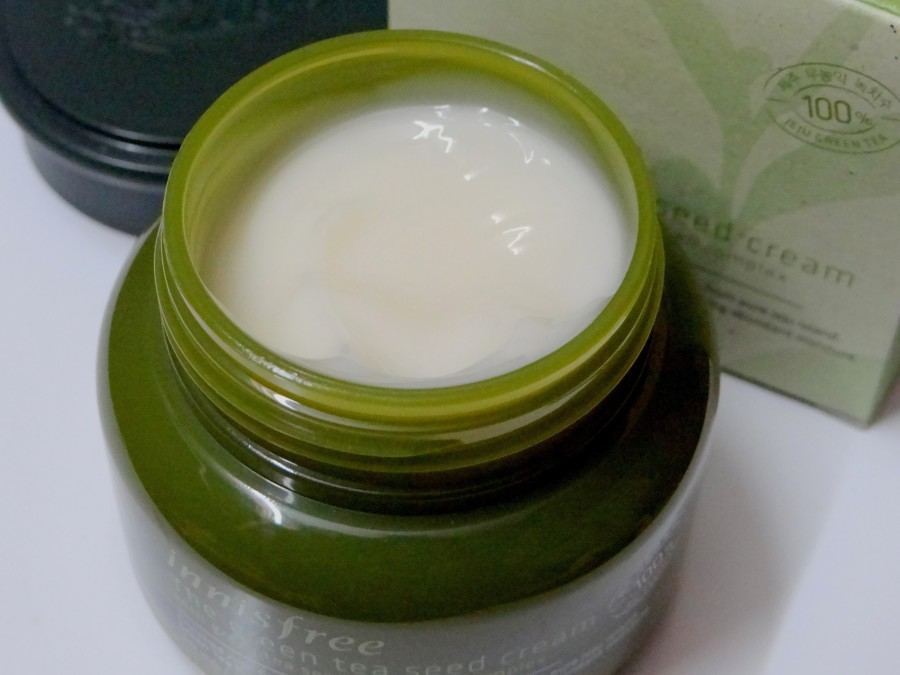Innisfree The Green Tea Seed Cream Review (4)