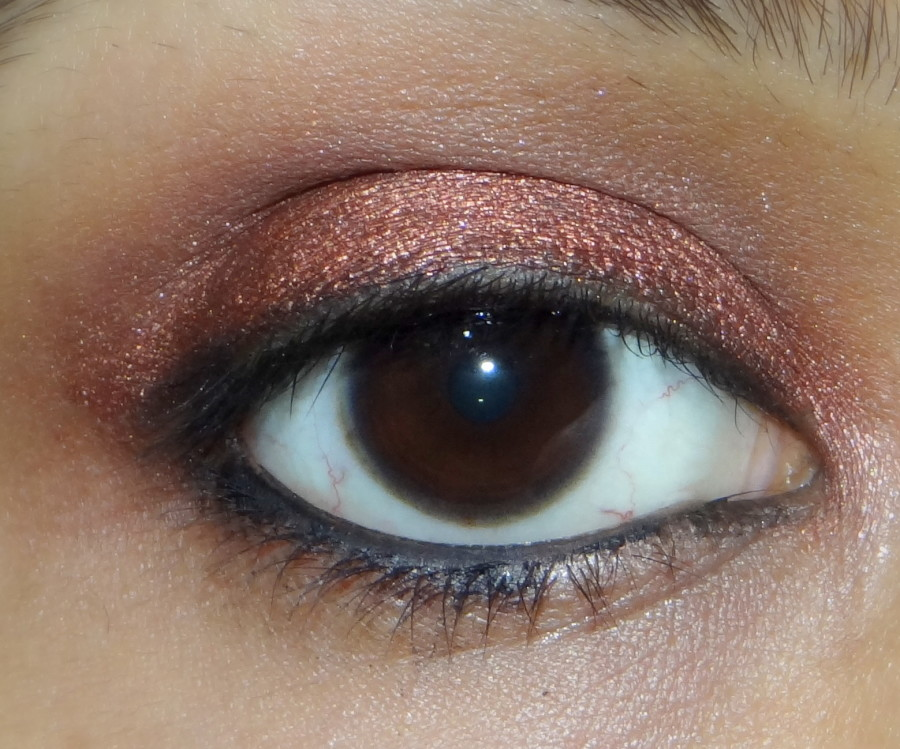 Lakme absolute drama stylist eyeshadow crayon bronze review (1)