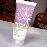 Mythos Hand and Nail Cream With Olive Oil And Green Tea Review