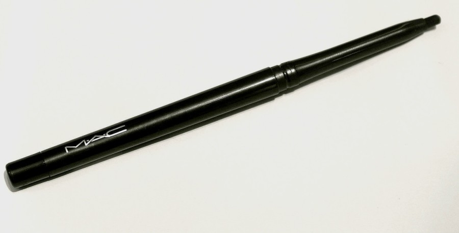 MAC TechnaKohl Liner Graph black Review