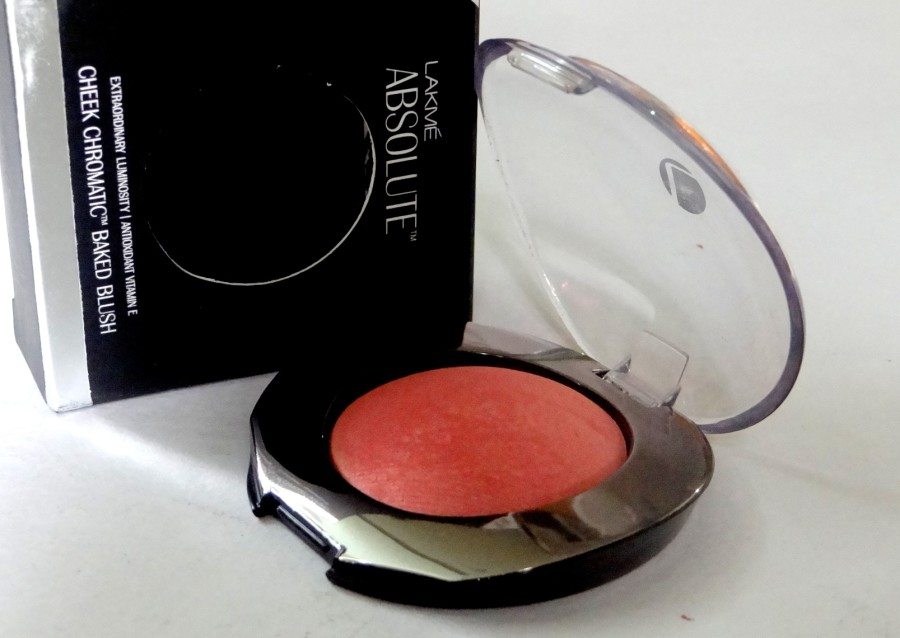 Lakme Absolute Cheek Chromatic Baked Blush day blushes review (2)