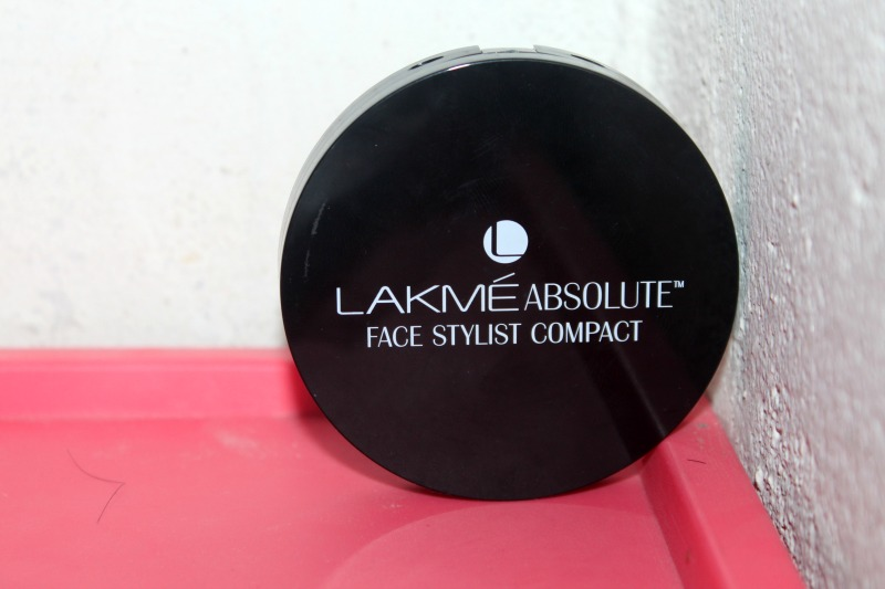 Lakme Absolute Face Stylist Compact (3)