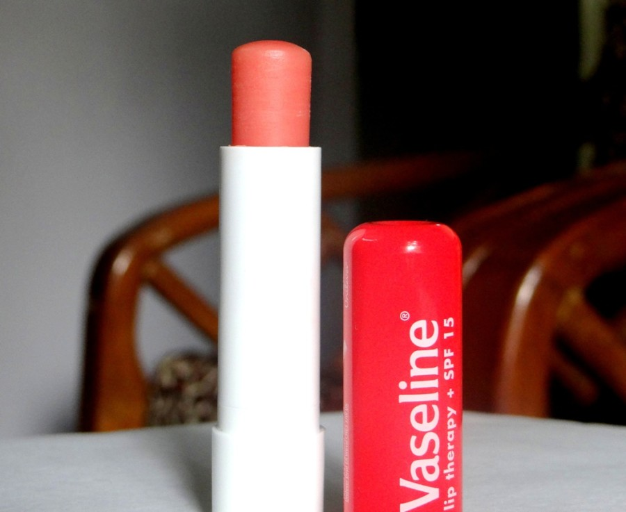 Vaseline Lip Therapy SPF 15 Review (1)