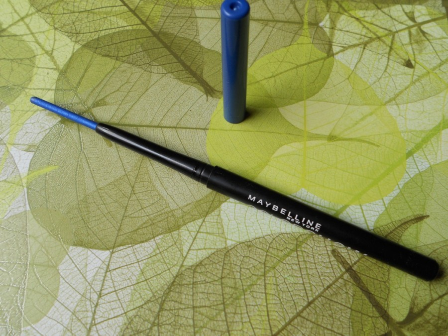 maybelline colorshow crayon kohl ocean blue review (3)