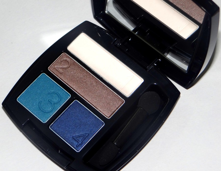 Avon True Color Eyeshadow Quad Glow Teal review swatches photos (2)