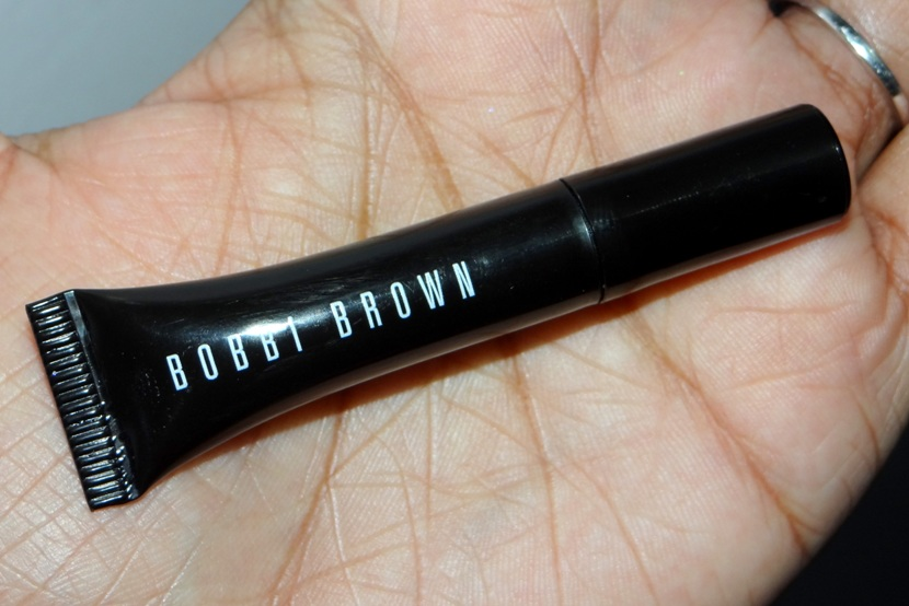 Bobbi Brown Smokey Eye Mascara Review (1)