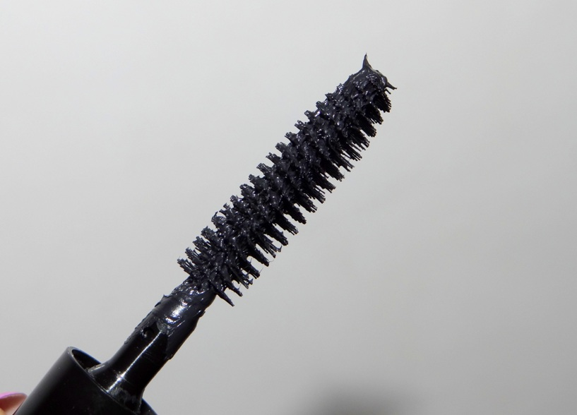 Bobbi Brown Smokey Eye Mascara Review (3)