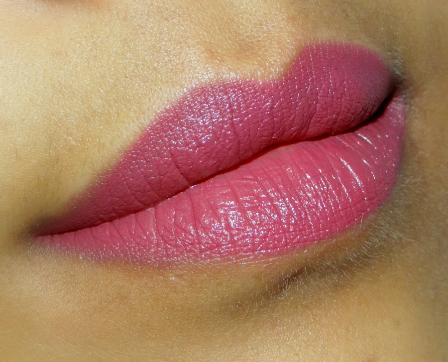 MAC Captive lipstick review swatches photos (1)