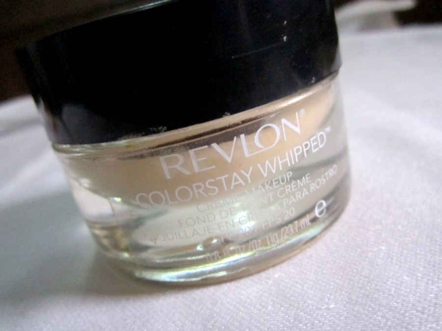 Revlon Colorstay Whipped Creme Makeup Foundation (1)
