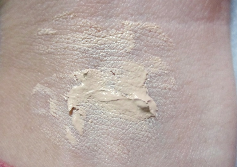 Revlon Colorstay Whipped Creme Makeup Foundation (4)