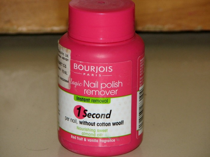 Bourjois Magic Nail Polish Remover Review (2)