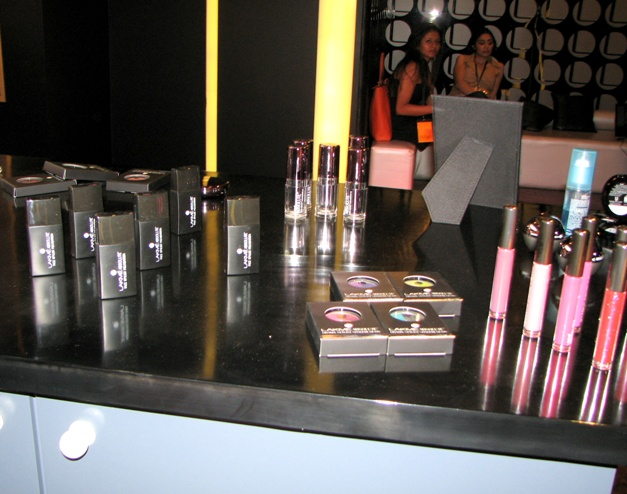 Lakme Salon and Makeover (2)