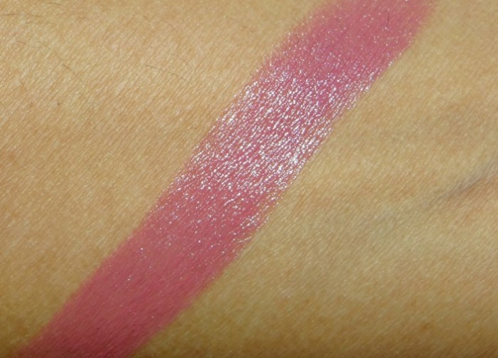 L'oréal paris rouge caresse lipstick Mauve Cherie review swatches (5)