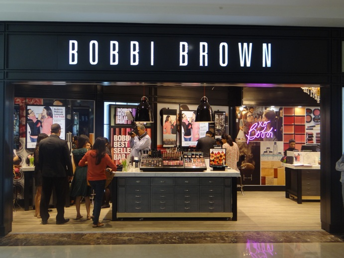 Bobbi Brown Store Ambience Mall Gurgaon India pitures (2)