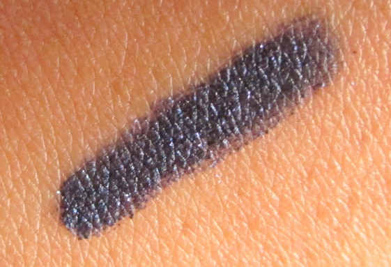 MAC Pearlglide Intense Eye Liner Petrol Blue Review and Swatches (1)